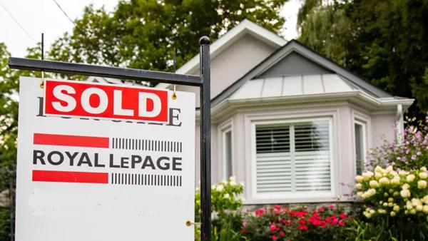 사진출처: Re/Max의 Greater Toronto Real Estate Market Report