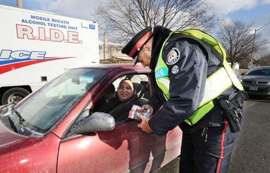 토론토경찰이 연례 음주운전 단속을 벌이고 있다.